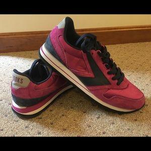 Brooks Women's Casual Retro Pink Sneaker